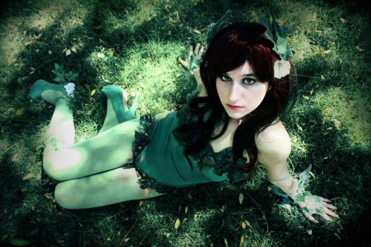 What are you looking at? - Poison Ivy by iamchipi
