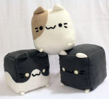 Neko Atsume Plushies by Arrupako