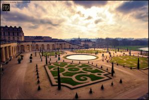 Golden Hour at Versailles by hollypayneart