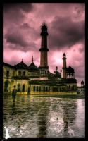 India - 6 - Lucknow Mosque by MalcomX