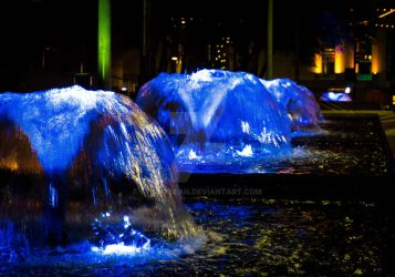 Blue Fountain by stickybean