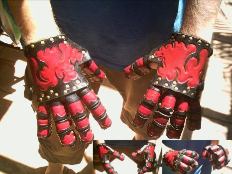 Leather Gauntlets by Dragon8or