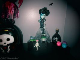 Monster High Ghoul's Rule: Frankie One by Childofwestwind