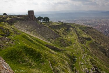 the theater of Pergamon by Sockrattes