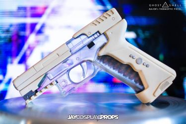 'Major's Thermoptic Pistol' Prop (Left side) by JayCosplay