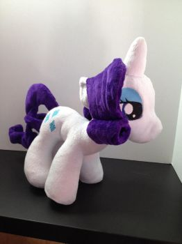 Rarity plush by troblemz