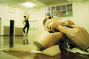 Ballet: Pointe Shoes III by angiepantz