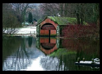 Boathouse by bongaloid