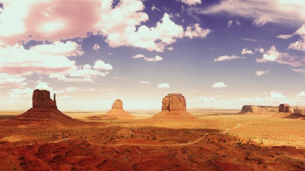 Monument Valley III by Swissvoice