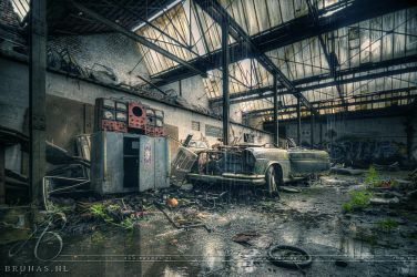 Blame it on the rain - Carrosserie Tolerie C by Liek