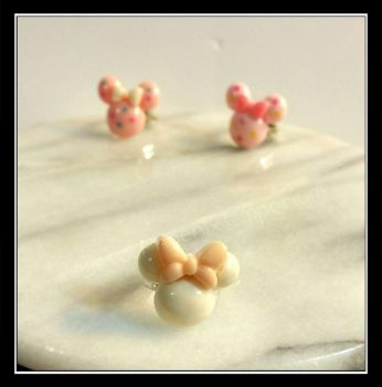 minnie mouse rings by Desolo-Amour