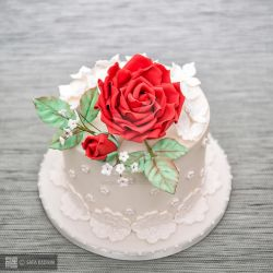 wedding cake photography by safa-kadhim