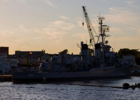 Tin Can Sunset (USS Cassin Young) by DavidKrigbaum