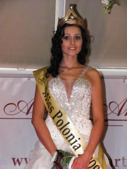 Miss Polonia 2009 by IceFr3sh