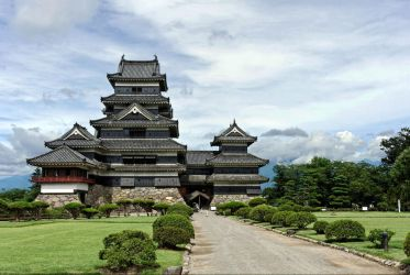 Matsumoto Castle - day by barsknos