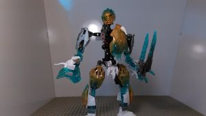 Kopaka Combiner of Ice (Toa Mode) by sideshowOfMadness
