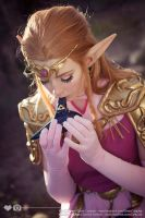 Zelda, Ocarina of Time - Heroine of Time by Gwan-chan