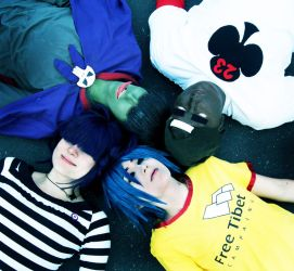 GoRiLLaZ Cosplay - lie down... by Murdoc-lein