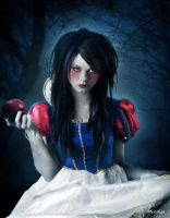 Snow White by Le-Meridian