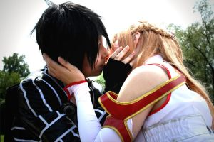The Kiss - Kirito Asuna Cosplay [Anime SAO] by K-I-M-I