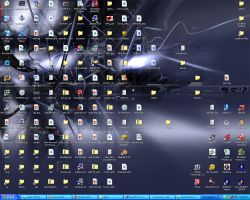 My messy desktop by BlancMangePWA