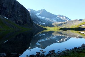 Morning in the Scandinavian Mountains by SoldatNordsken