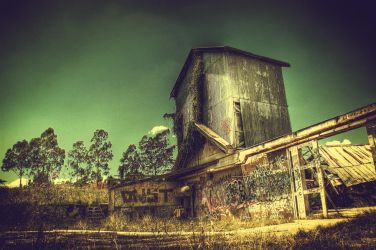 HDR Old Winery4 by RichardjJones