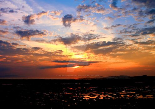 Clyde Estuary Sunset by Crannogphotographic