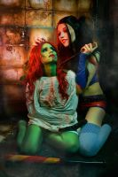 Poison Ivy and Harley Quinn Cosplay by elenasamko
