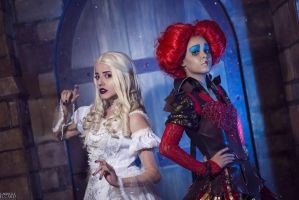 White Queen and Red Queen cosplay by FLovett