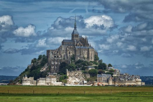 Le Mont St Michel by hubert61