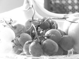 Lighter Grapes by anjollie131415