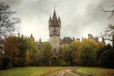 Urbex : Castle of Miranda by exkub