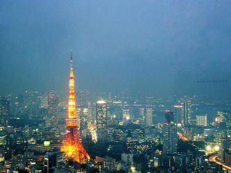 Tokyo Tower by vanerich
