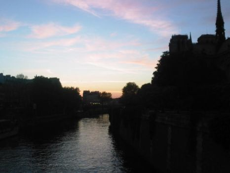 Sunset over the Seine by Lyryana
