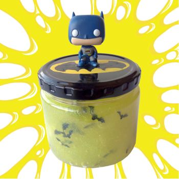 This Batman Slime Recipe is a fun Comic Book Craft by geekymcfangirl