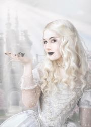 Meli the White Queen by MADmoiselleMeli