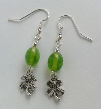 green glass pearls and silver shamrock filigrees by syn-O-nyms