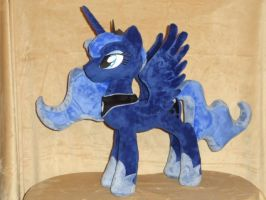 Luna is so Regal by WhiteDove-Creations
