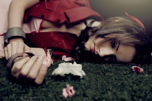 Aerith is dead by Arwenphoto