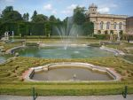 Blenheim Palace Gardens by loobyloukitty