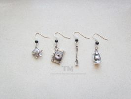 Stand by Me - FFXV Inspired Earrings by thingamajik