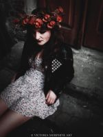 autumn roses. by VictoriaMorphine
