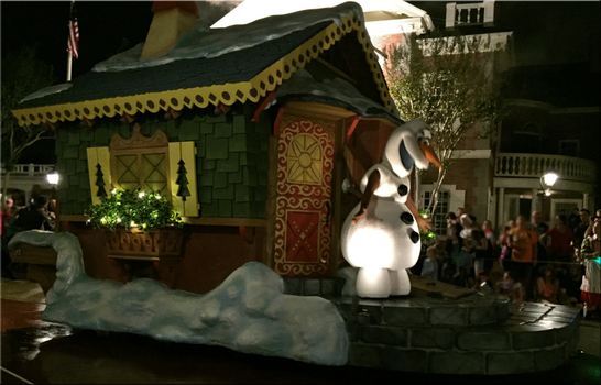 A Christmas Parade IMG 0648 by TheDreamFinder