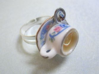 White tea and giner Ring by CandyChick