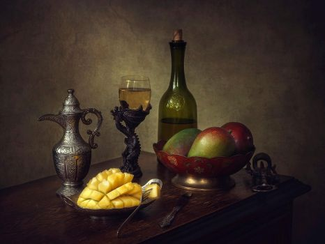 Still life with mangoes by Daykiney