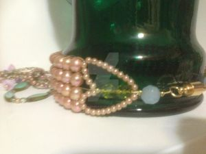 Peachy Green Necklace Back