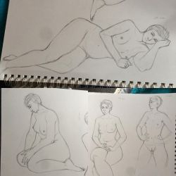 Life Drawing Sketches by LunaLuzz