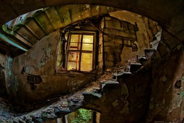 The weary stairs by alexiuss