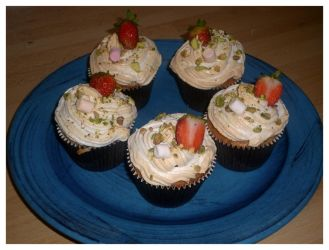Strawberry cupcakes home made by Younae
